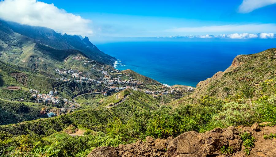 Puikus pasiūlymas savaitės atostogoms Tenerifėje – pilnas kelionės paketas viešbutyje su pusryčiais!
