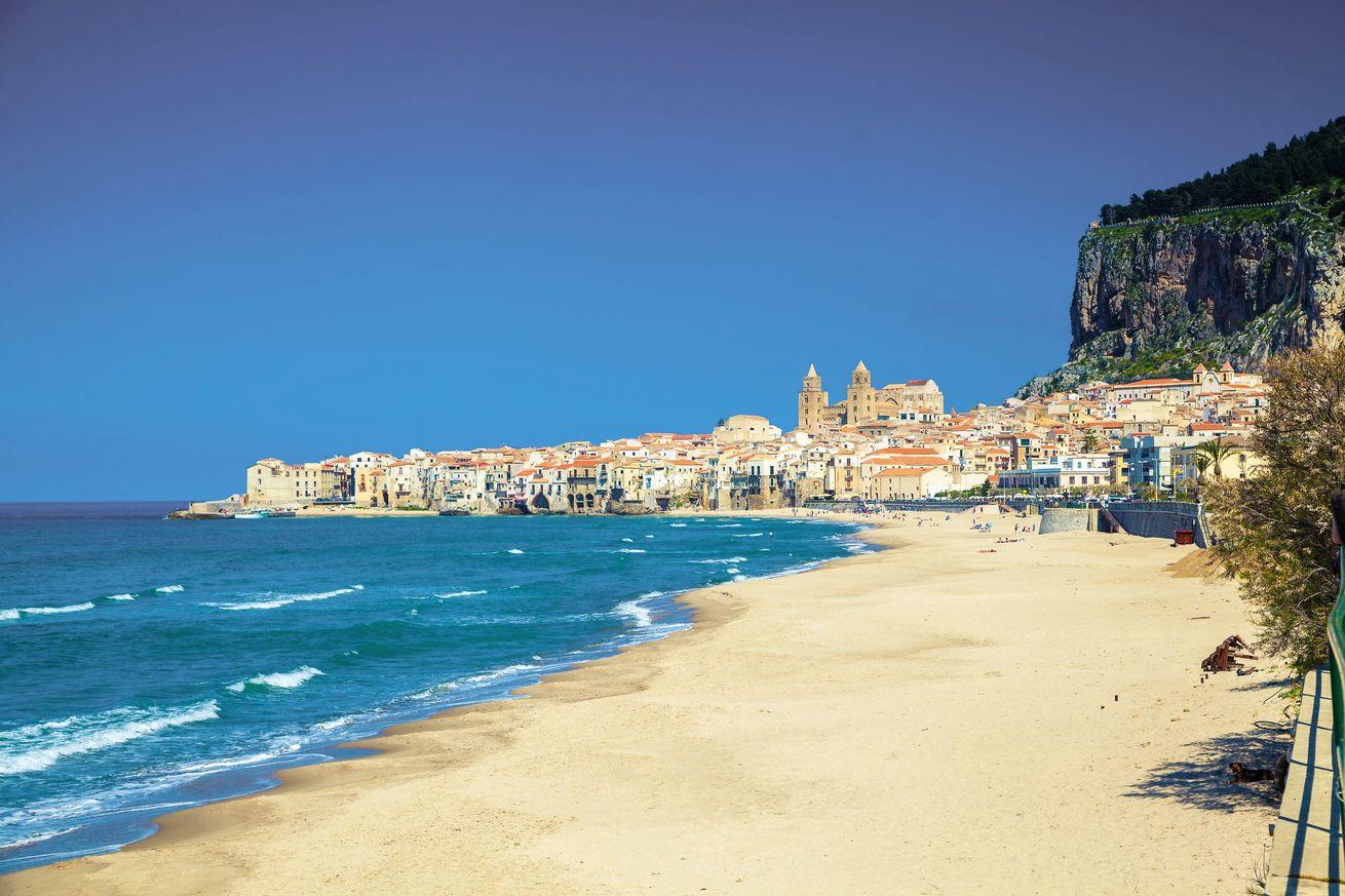 Atostogos saulėtoje Sicilijoje – skrydžiai su bagažu, pervežimai ir 7 n. viešbutyje su pusryčiais!