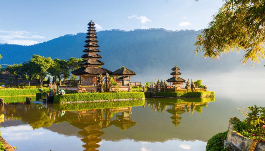 Užburiančios atostogos Balio saloje! Pilnas kelionės paketas ir 12 n. viešbutyje su pusryčiais!