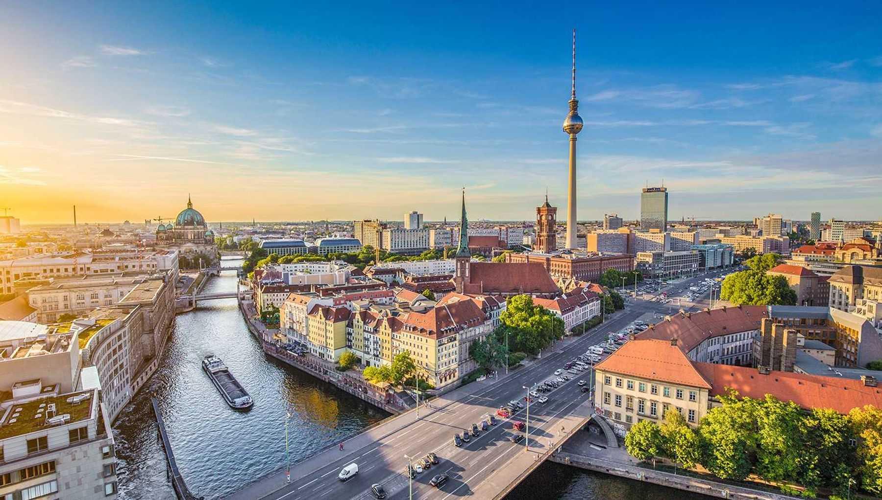 Ilgasis savaitgalis Berlyne! Kelionė autobusu, 2 n. viešbutyje su pusryčiais ir ekskursinė programa!