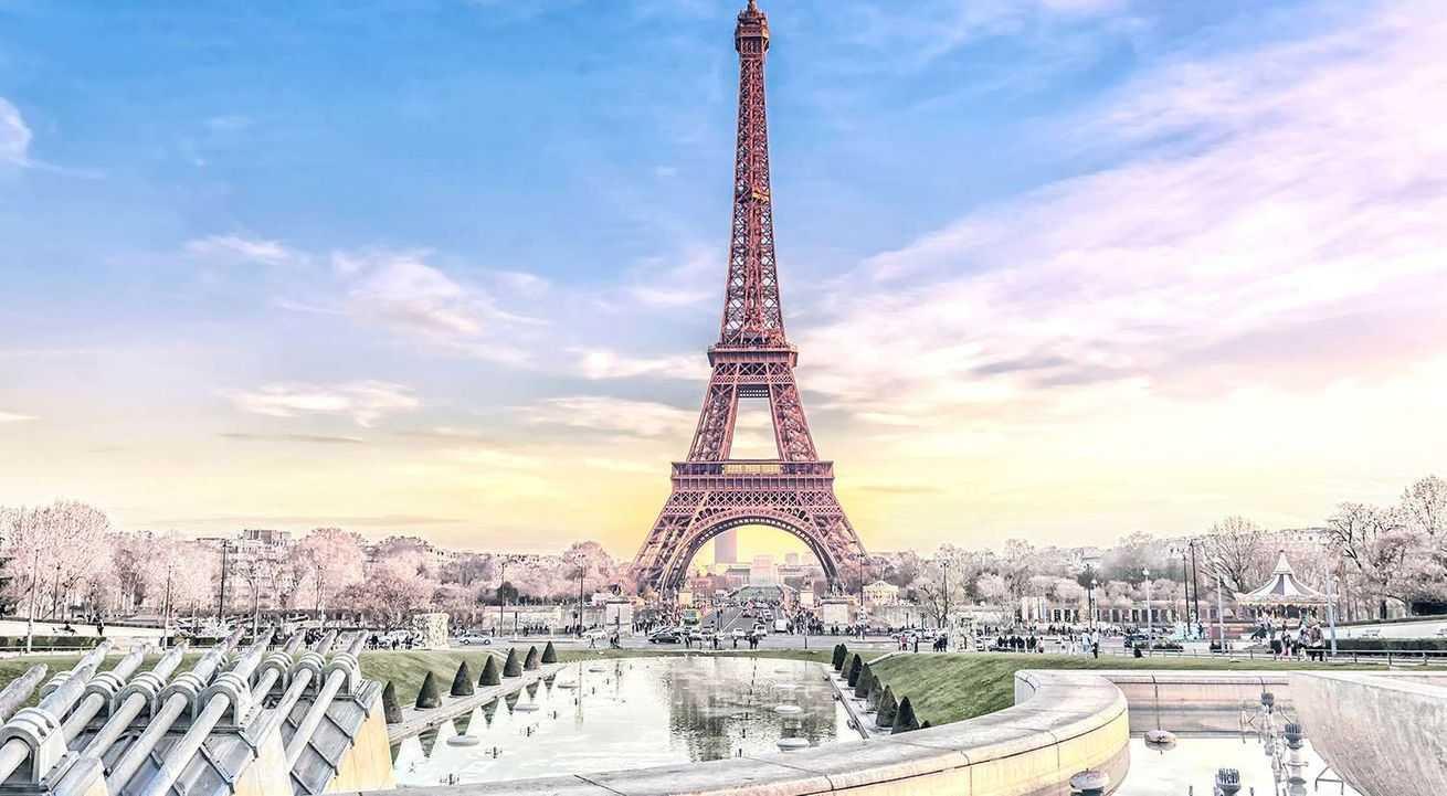 Naujieji metai Paryžiuje: kelionė nauju autobusu, ekskursinė programa ir 6n. viešbučiuose su pusryčiais!