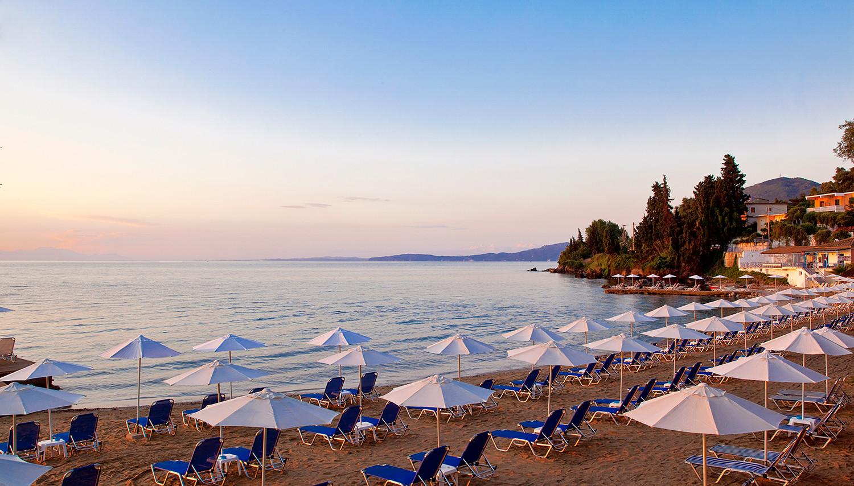 Aeolos Beach Resort (Korfu, GrieÄ·ija)