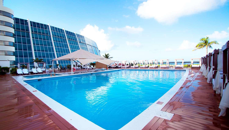 Crown Paradise Cancun >> Crown Paradise Club Cancun Hotel Cancun Mexico Novatours