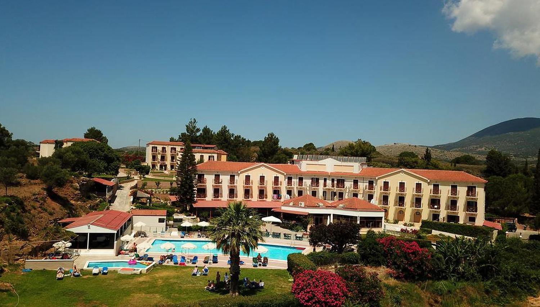 Karavados Beach Hotel & Bungalows