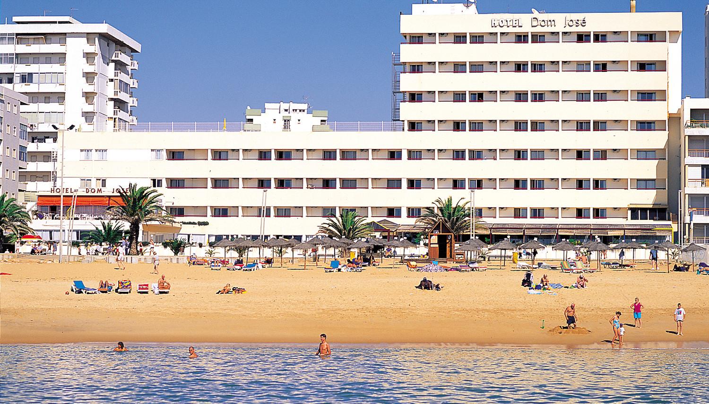 Dom Jose Beach (Faro, Portugāle)