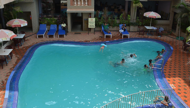 Ticlo Resorts