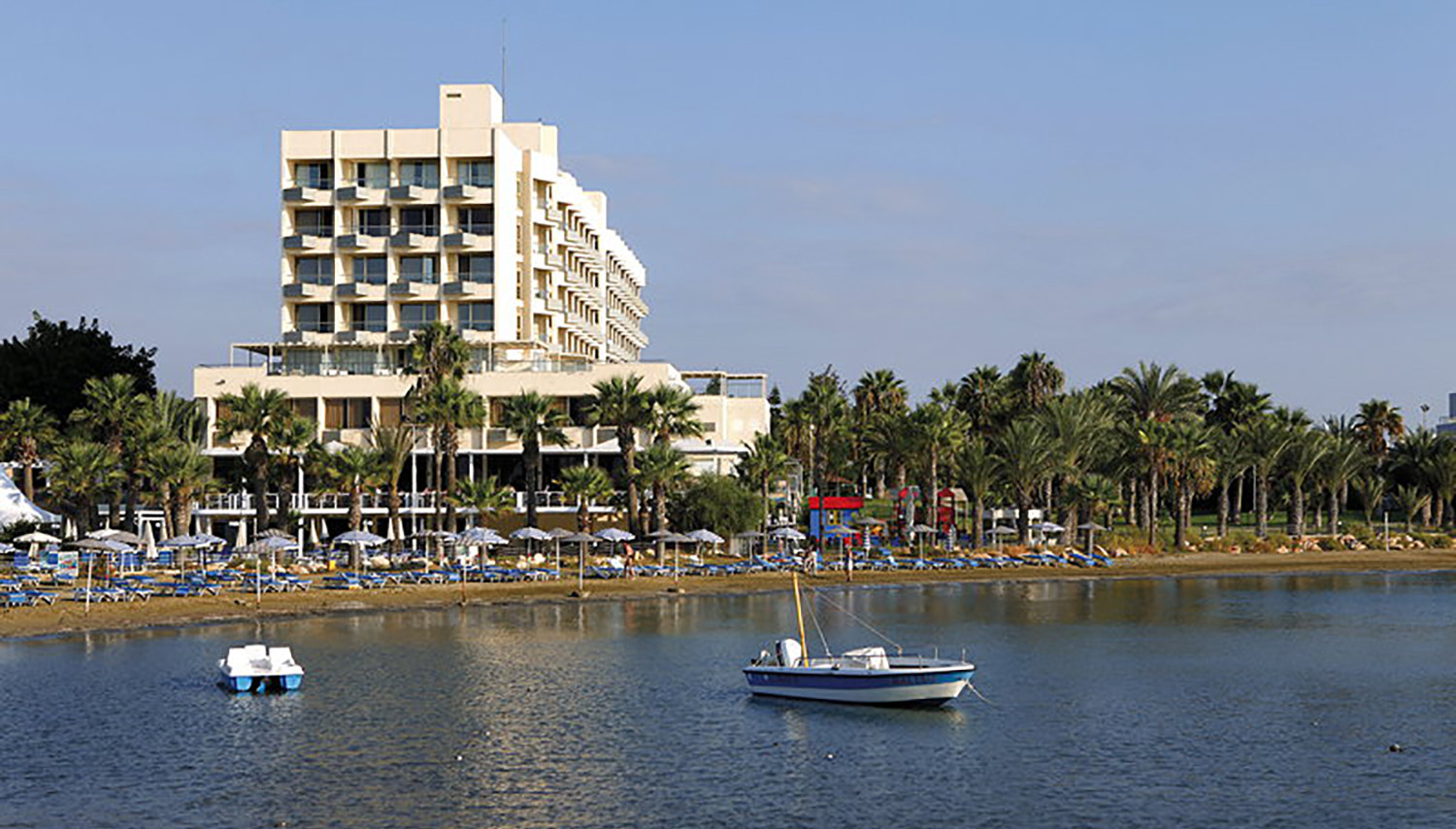 Golden Bay Beach (Larnaca, Küpros)