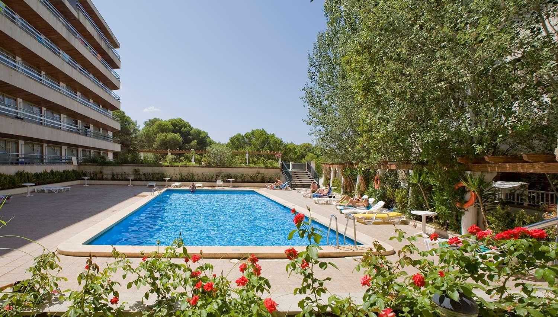 op voet beelden van arriveert goede pasvorm Ipanema Park / Ipanema Beach hotel (Palma De Mallorca, Spain ...
