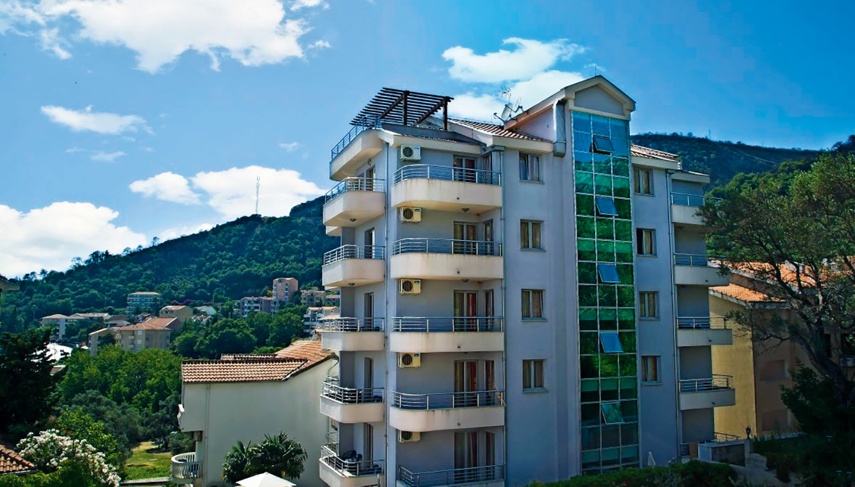 Dolce Vita (Tivat, Montenegro – Horvaatia)