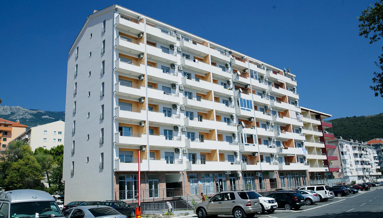 Knezevic Rozino apartemendid (Tivat, Montenegro – Horvaatia)