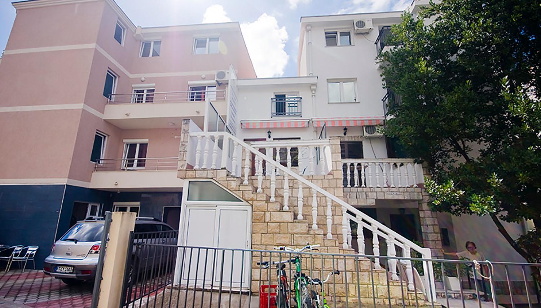 Ksenia apartemendid (Tivat, Montenegro – Horvaatia)