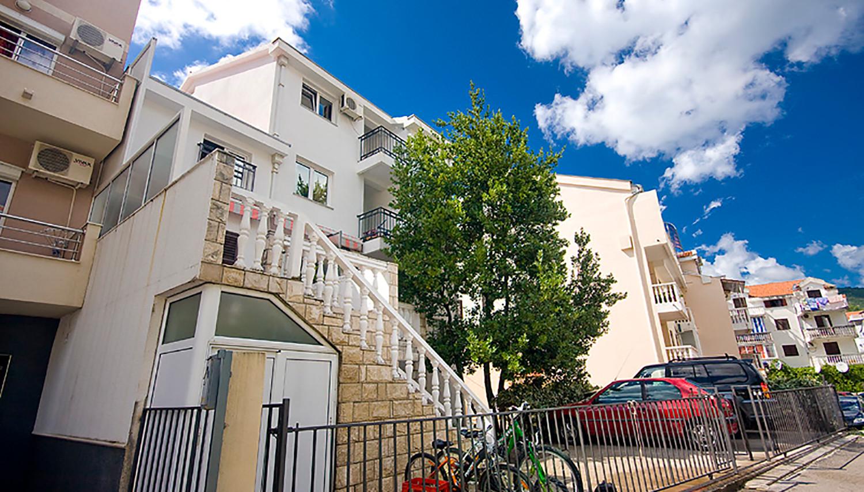 Ksenia apartmenti (Tivat, Melnkalne-Horvātija)