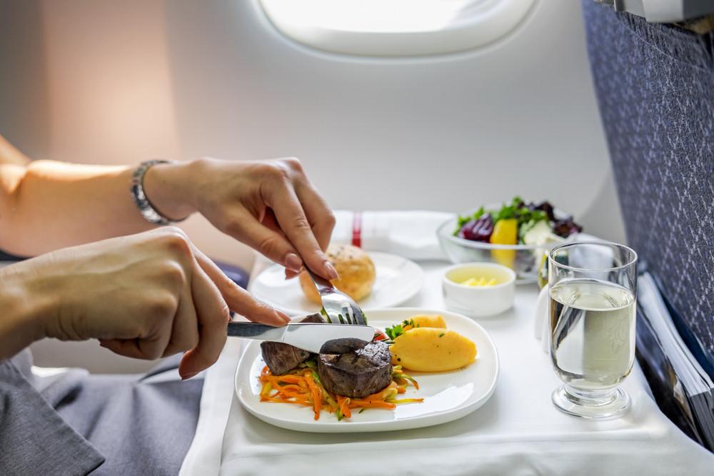 Maitinimas skrydžio metu
