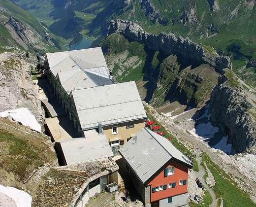Šveicarija. Santis viršukalnė