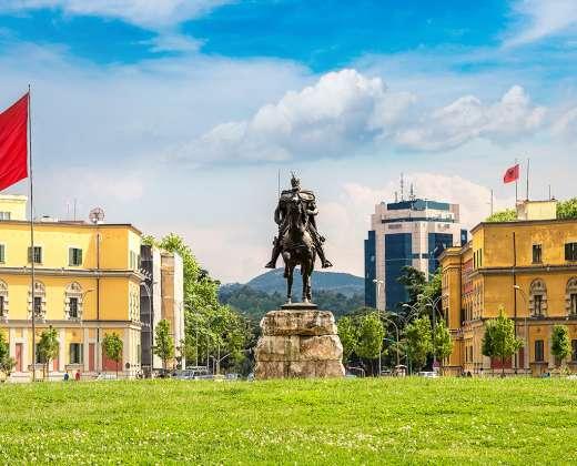Albanija. Tirana