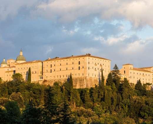 Italija. Montekasino abatija