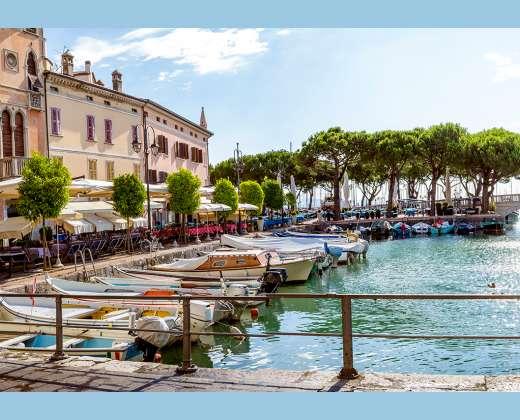 Italija. Desenzano dei Garda uostas
