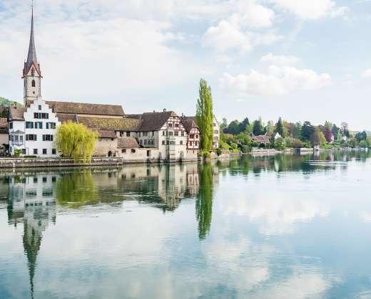 Šveicarija. Šteinas prie Reino