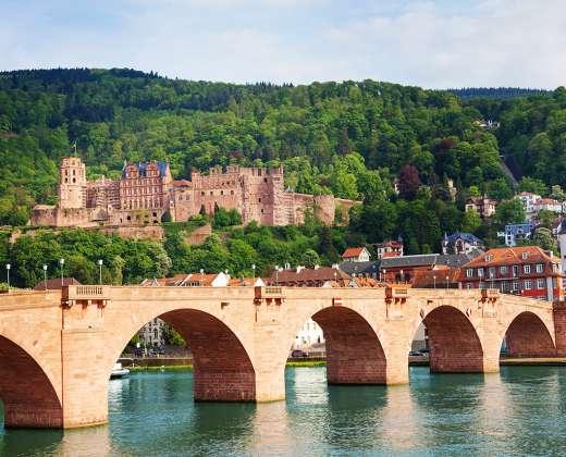 Heidelbergas. Devynių arkų tiltas
