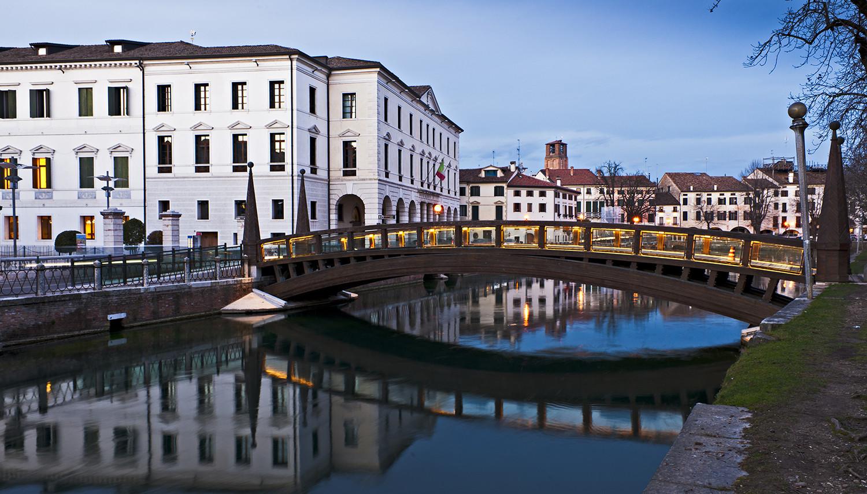 Italija. Trevizas. Universiteto tiltas
