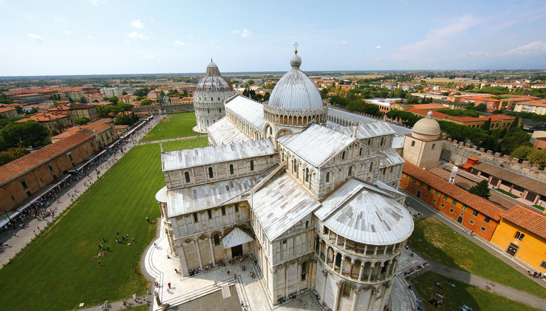 Italija. Pizos katedra