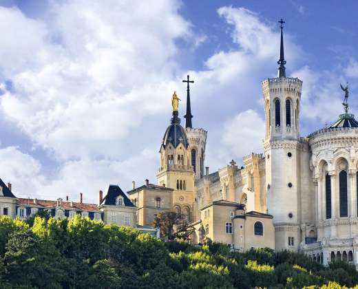 Lionas. Notre-Dame bazilika