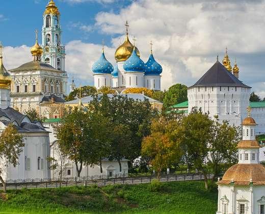 Sergijevo Posadas. Šventosios Trejybės Sergijevo vienuolynas (Lavrą)
