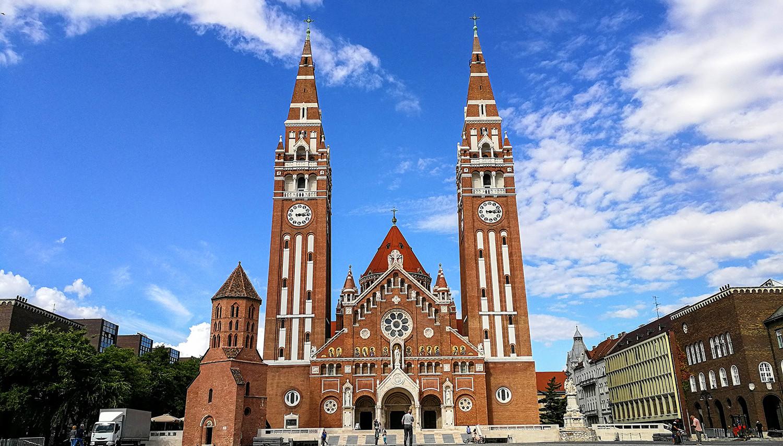 Vengrija. Segedo Katedra