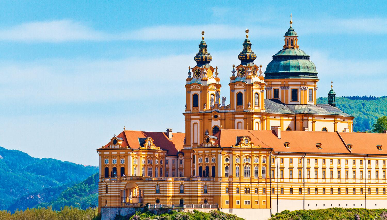 Imperatoriškoji Viena ir kruizas Dunojaus upe