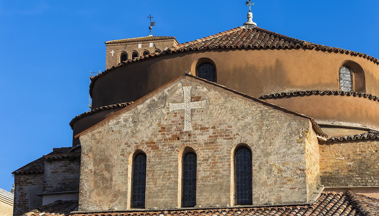 Italija. Tornčelo salos bažnyčia