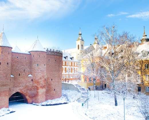 Varšuva. Barbakano sienos