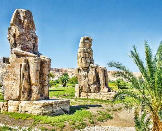 Luksoras. Memnoso kolosai