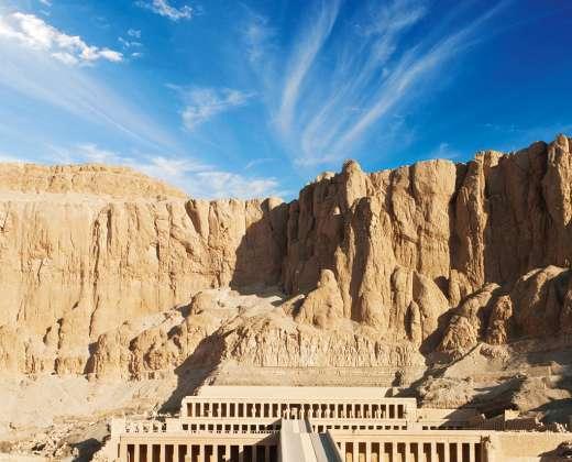 Luksoras. Hačepsutos šventykla