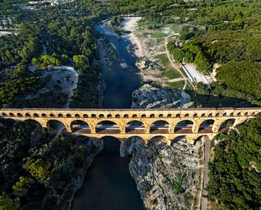 Prancūzija. Akvedukas per Gardos upę