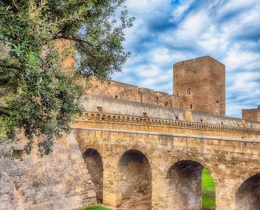 Italija. Bario pilis