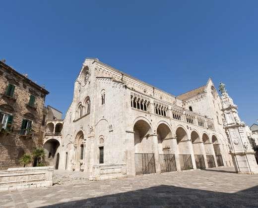 Italija. Bitonto katedra