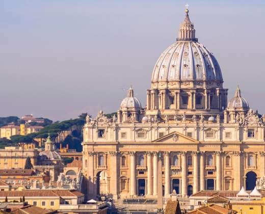 Italija.  Vatikanas. Šv. Petro bazilika