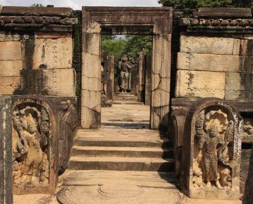 Šri Lanka. Polonaruvo šventykla
