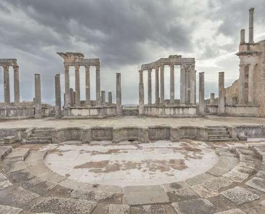 Tunisas. Duga. Senovės Romėnų teatras
